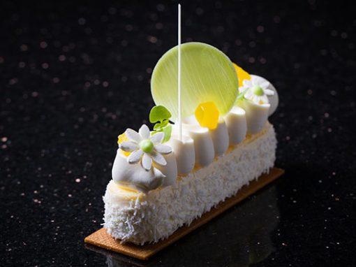 Recept: Cheesecake od jogurta, kokosa i ananasa by Antonio Bachour